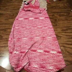 BCBG knit  long maxi wavy Sleeveless dress